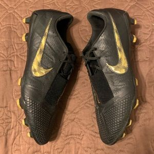Nike phantom venoms elite sz10